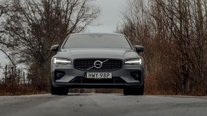 Preview wallpaper volvo, car, gray, front view, road