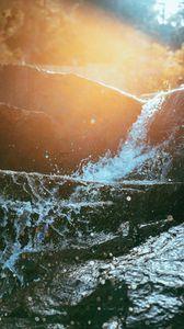 Preview wallpaper water, spray, sunlight, flare, stream
