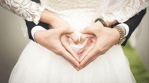 Preview wallpaper wedding, hands, heart, love, romance