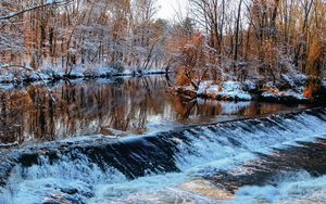 Preview wallpaper winter, river, threshold, trees