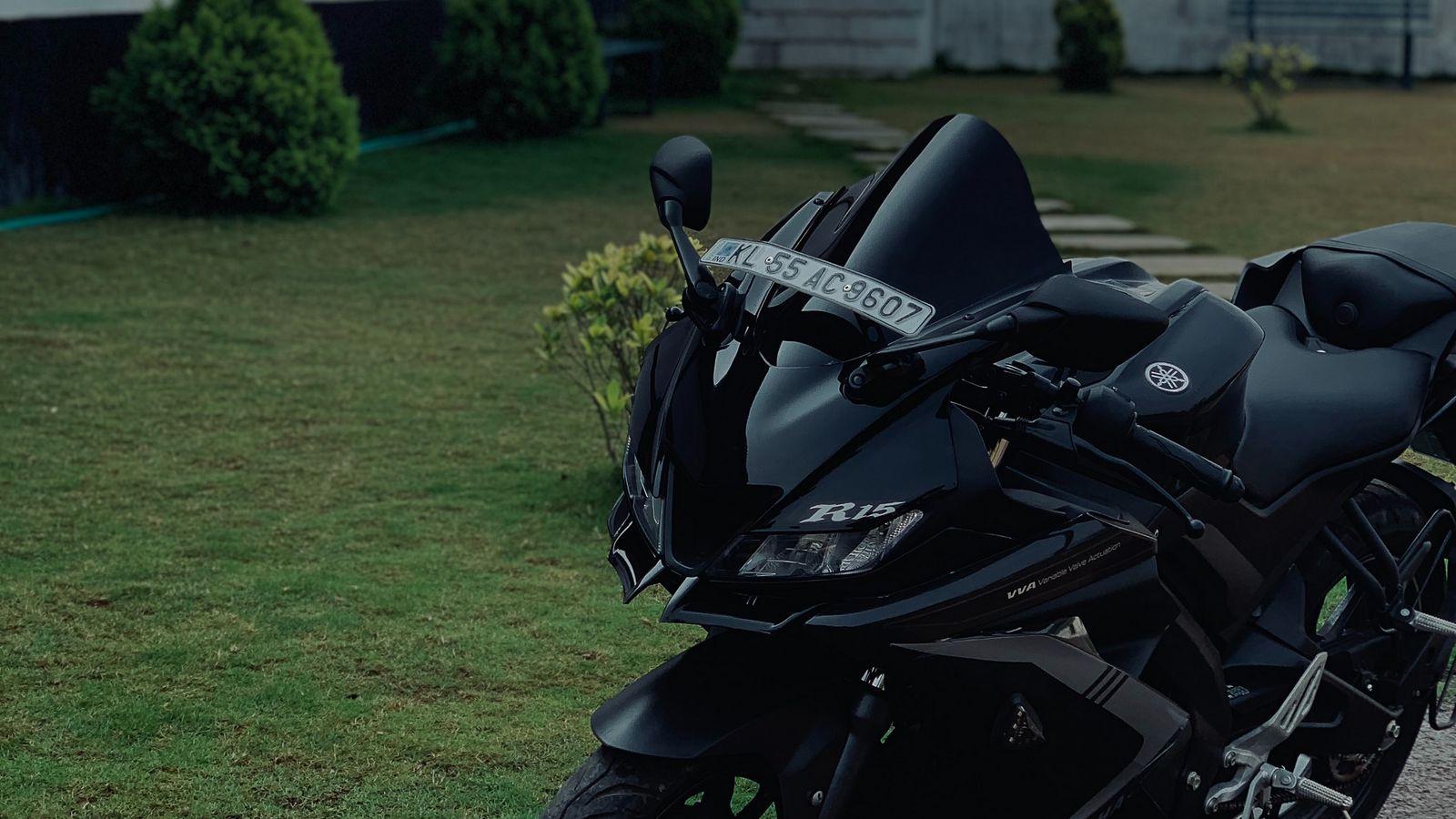 1600x900 Wallpaper yamaha r15, yamaha, motorcycle, bike, black