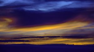 Preview wallpaper sky, clouds, sunset, lines