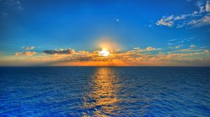 Preview wallpaper sky, sun, sea, path, reflection, clouds, ripples, horizon, line