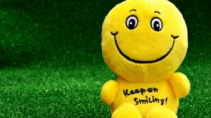 Preview wallpaper smiley, happy, toy, funny, positive
