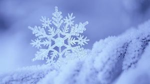 Preview wallpaper snow, snowflake, winter, form, pattern