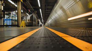 Preview wallpaper station, platform, train, passenger