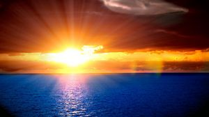 Preview wallpaper sun, beams, sky, horizon, orange, decline, light, ripples, sea