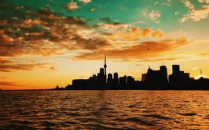 Preview wallpaper toronto, canada, sunset, buildings, sea