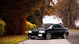 Preview wallpaper toyota, chaser, side view, autumn