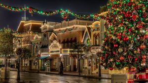 Preview wallpaper tree, gifts, christmas, street, lights, beauty, holiday