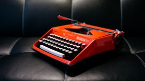 Preview wallpaper typewriter, retro, sofa