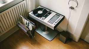 Preview wallpaper vinyl, turntable, records, headphones