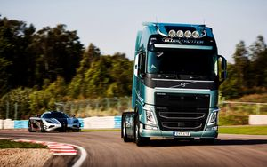 Preview wallpaper volvo, fh, koenigsegg, 2014, supercar, rotate, auto