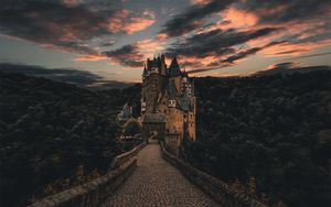 Preview wallpaper wierschem, germany, castle, trail, evening, sky