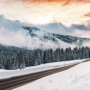 Preview wallpaper winter, snow, road, mountains, fog