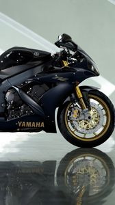 Preview wallpaper yamaha yzf-r1, black, yamaha, motorcycle, reflection